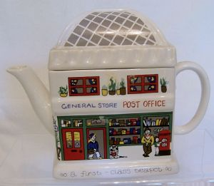 Wade Vintage Novelty Teapot - 'The Post Office'